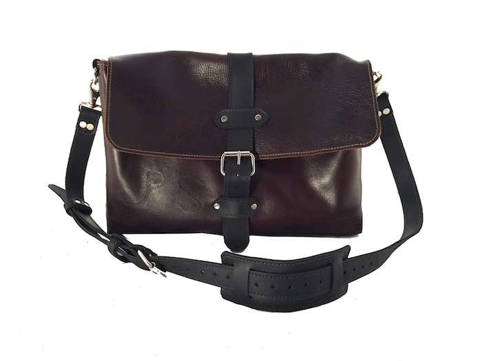 "16"" Dark Brown Messenger"